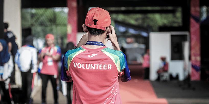 volunteer in uniform